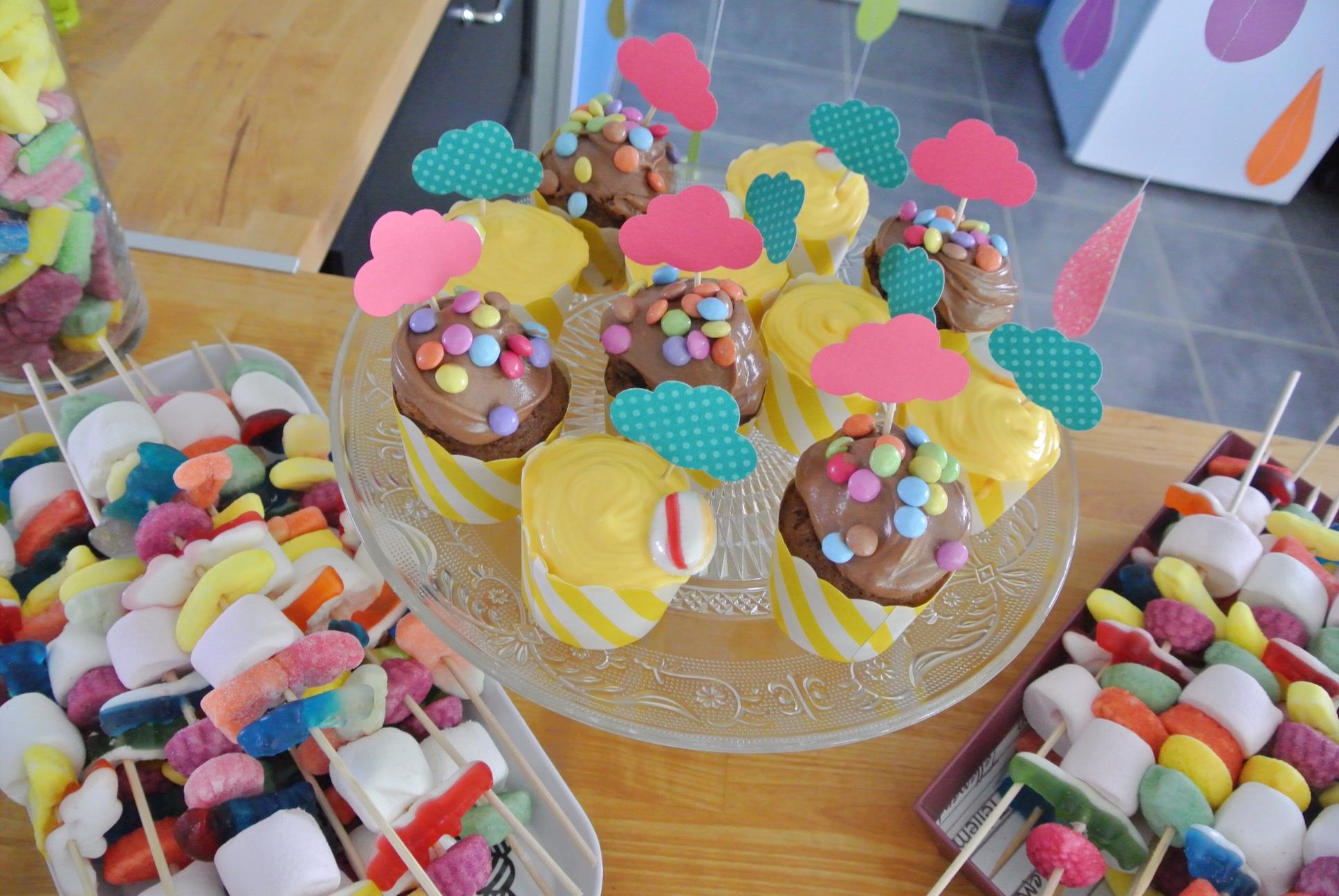 buffet_cupcakes